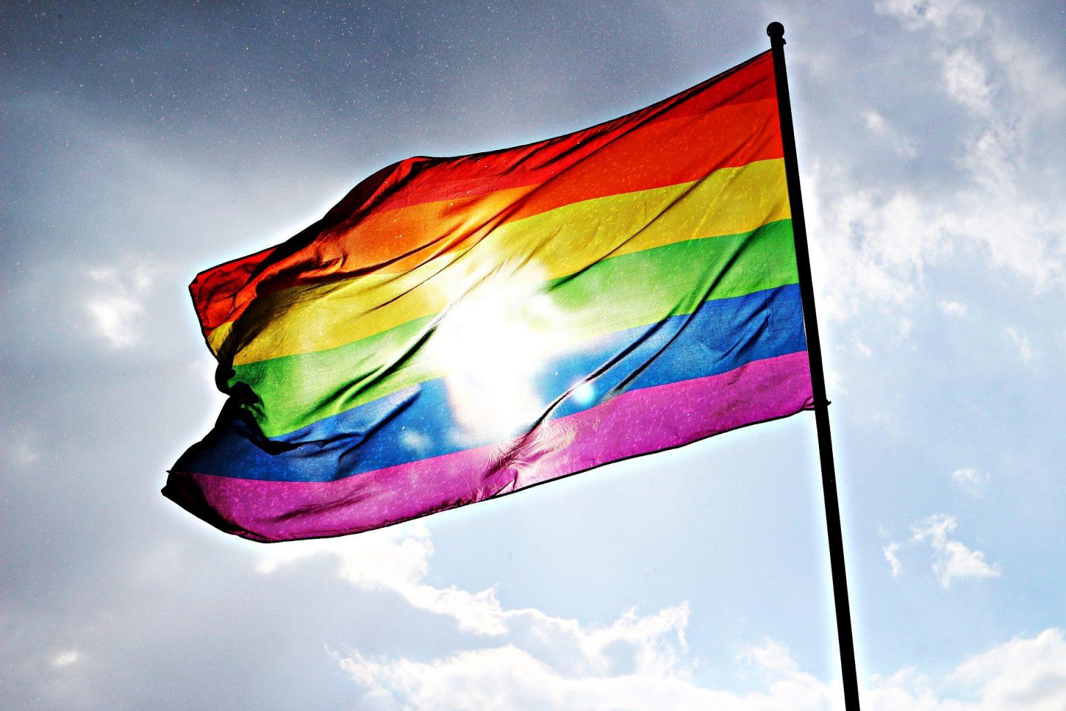 Giornata Mondiale Contro Omofobia, bifobia e transfobia: il 17 maggio, un monito per chi continua a lottare