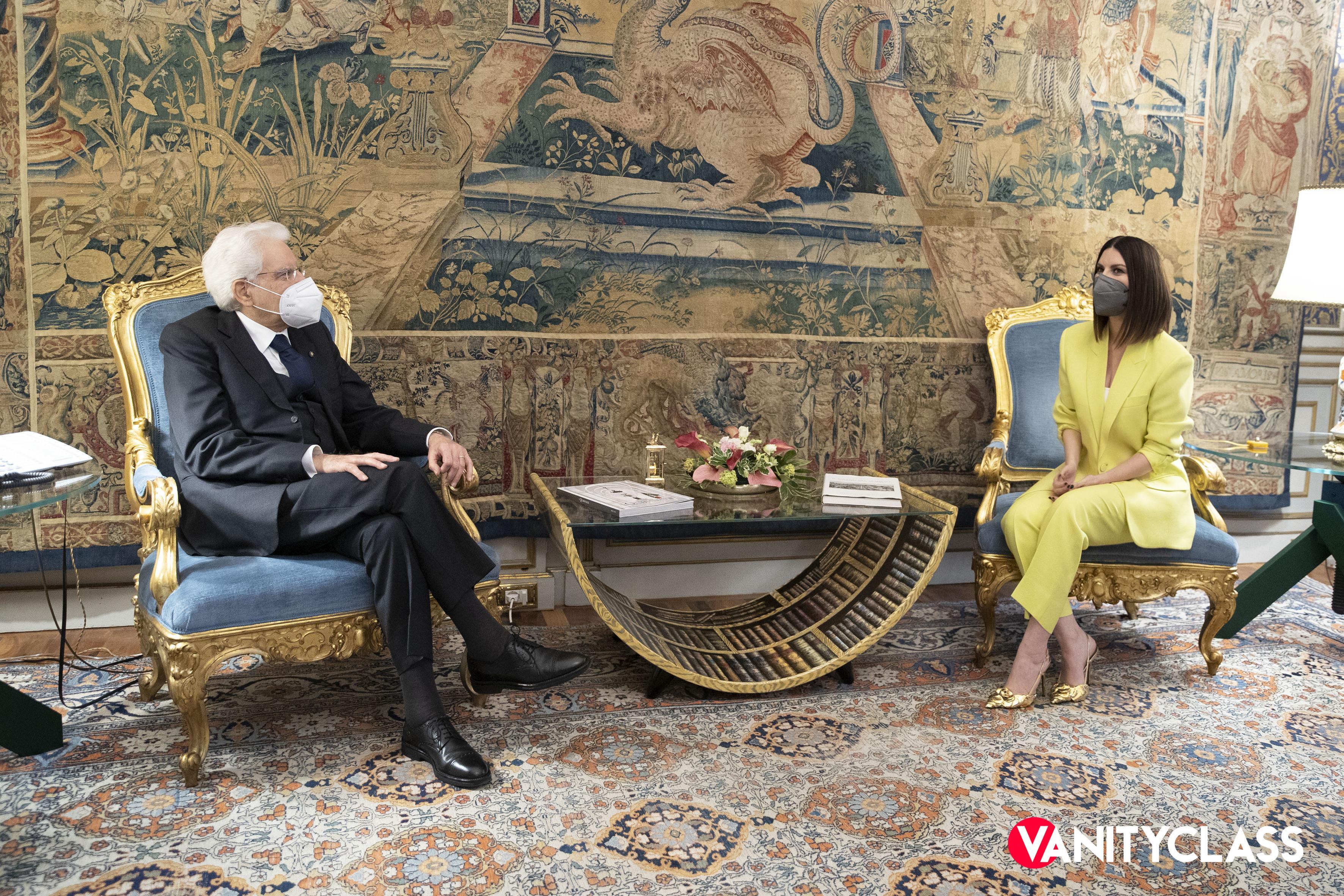 Laura Pausini incontra Sergio Mattarella