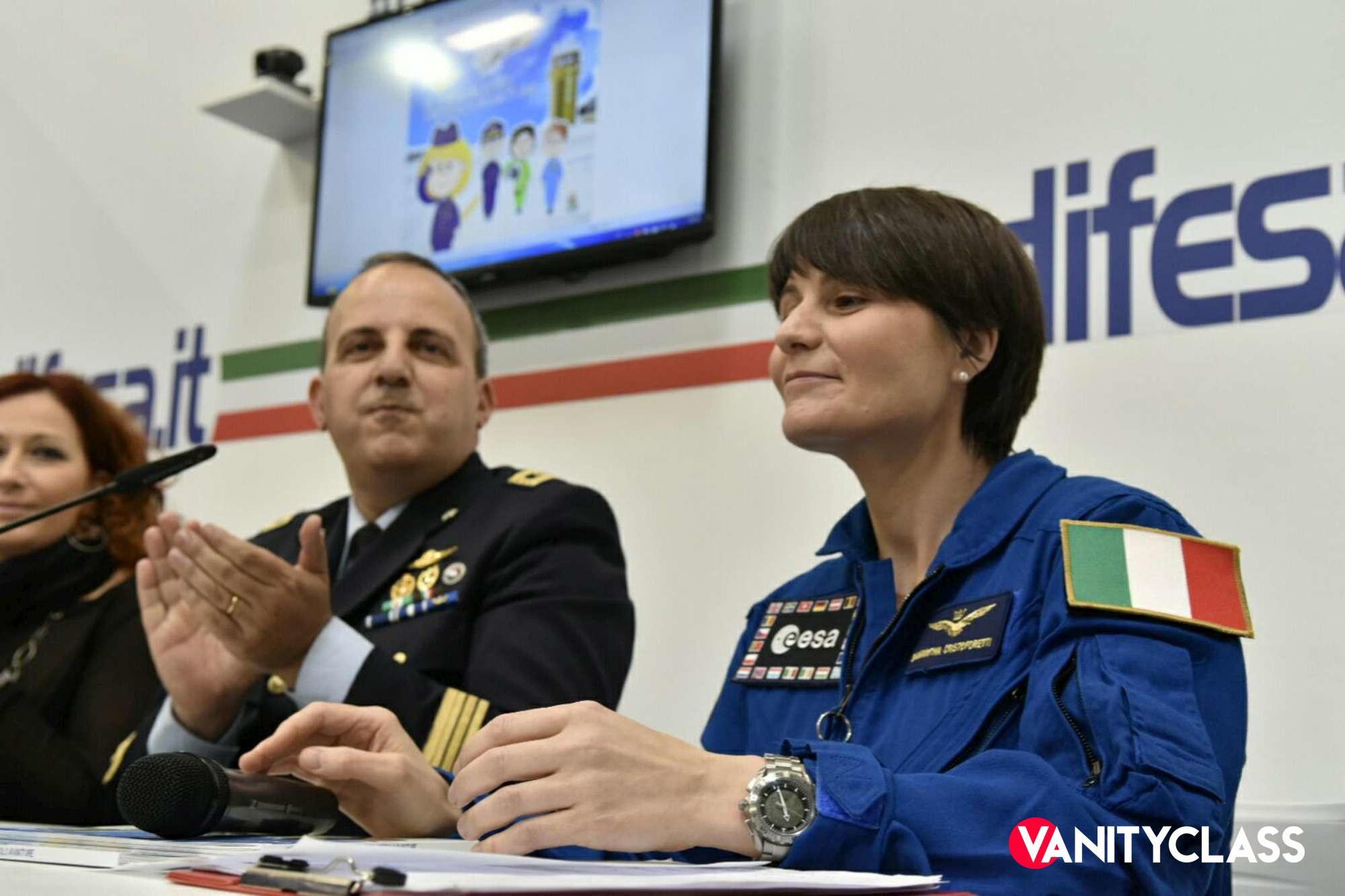 Samantha Cristoforetti: la prima donna al comando della Stazione spaziale Internazionale.
