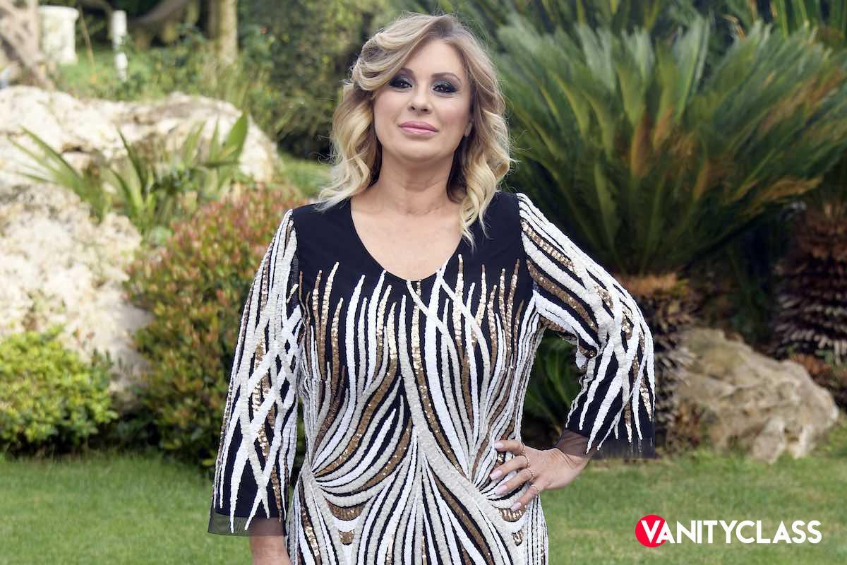 Tina Cipollari festeggia vent'anni di Carriera