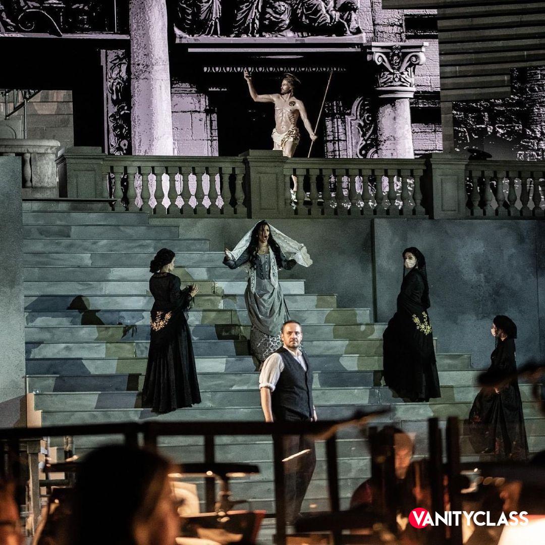 """Pippo Baudo racconterà """"La Grande Opera"""" all'Arena di Verona, in Prima Serata su Rai3"""