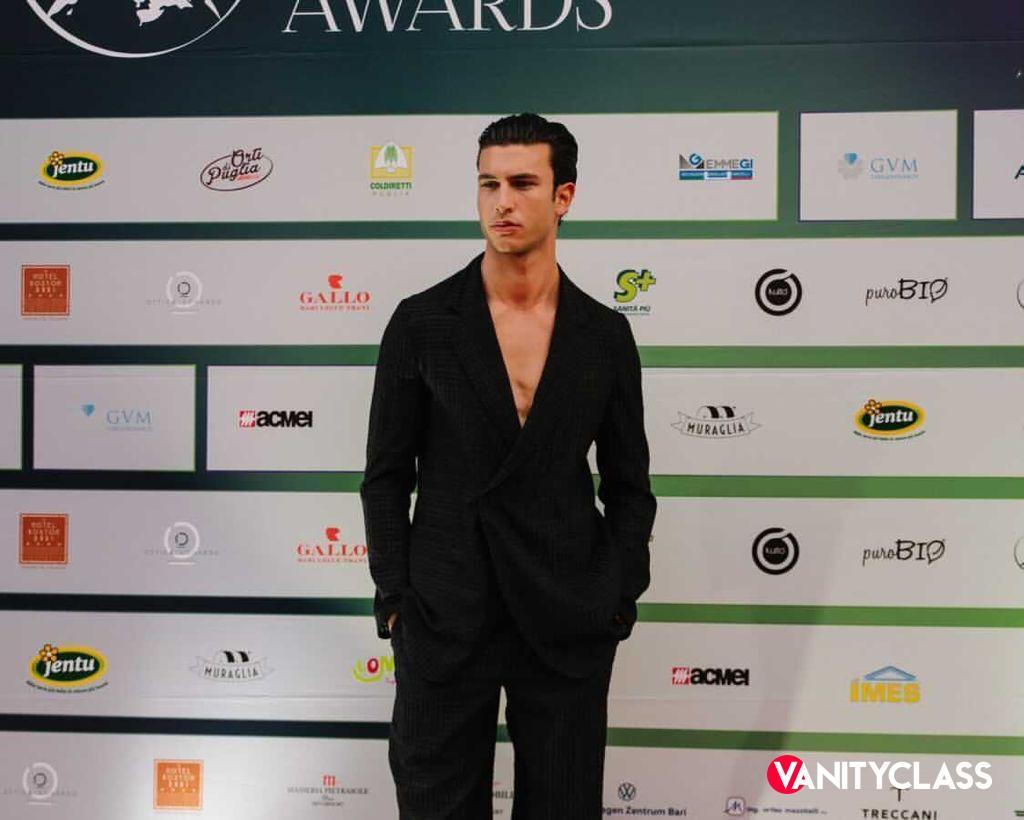 Mattia Narducci trionfa al Magna Grecia Awards 2021