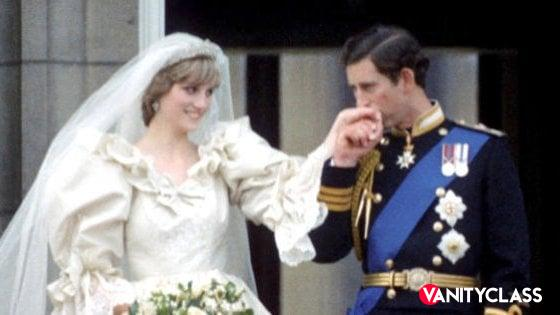 """Principe Carlo a Lady Diana, la confessione: """"Non ti amo, ma devo sposarti"""""""