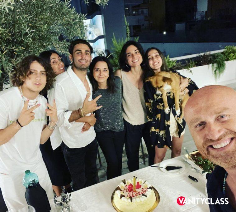 """alt=""""compleanno Alberto Urso""""/>"""