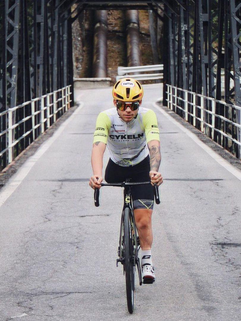 Andrea Pusateri: Paraciclista e Doglover
