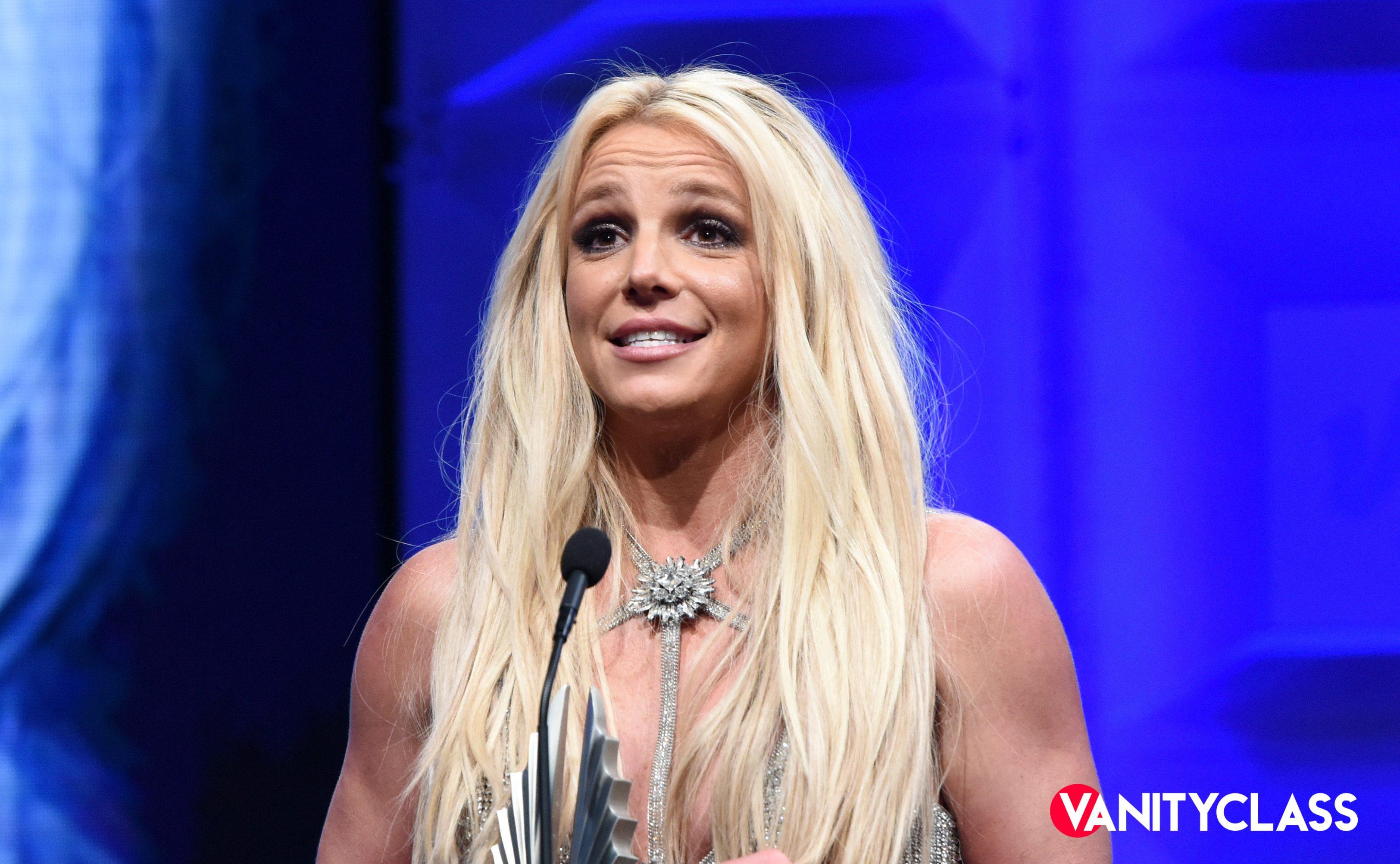 Britney Spears, alcune colleghe creano un fondo per aiutarla