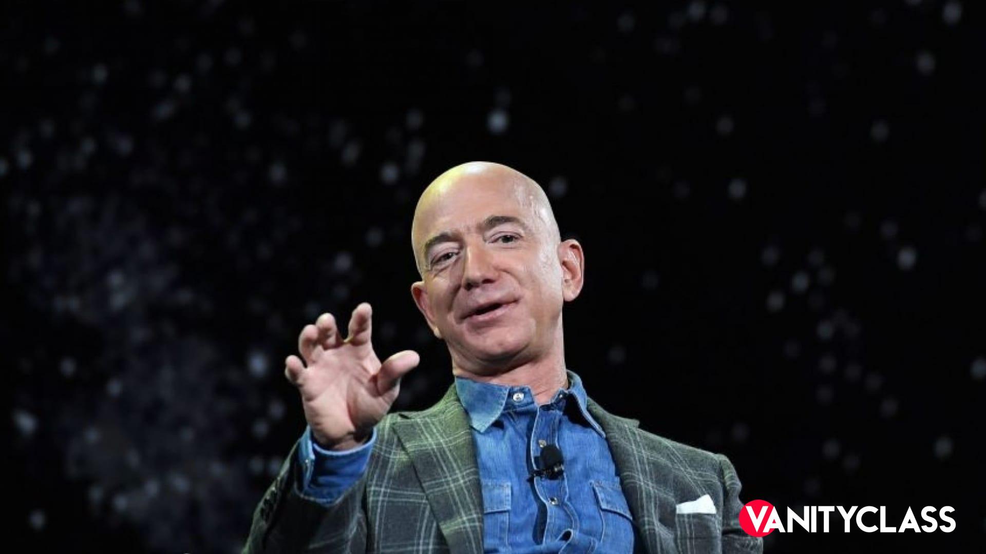Jeff Bezos, Blue Origin pronta ad inaugurare il turismo spaziale