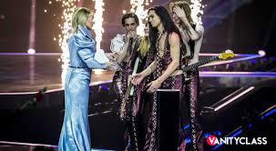 Eurovision 2022, la Rai vorrebbe Cattelan e la Ferragni al timone