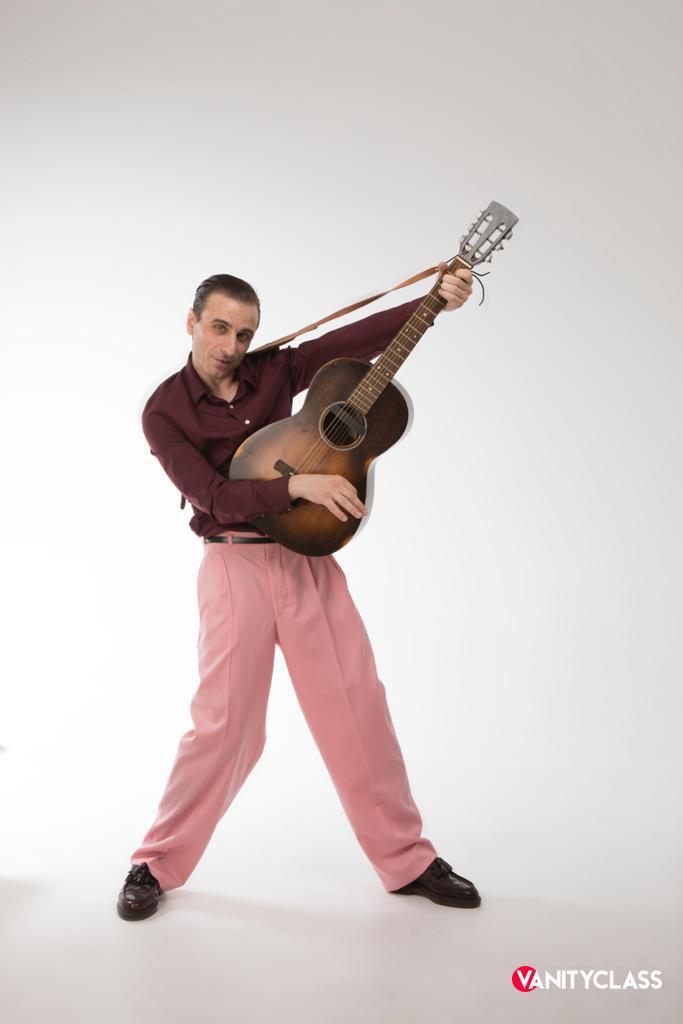 Antonio Sorgentone torna sulle scene con i suoi ritmi blues