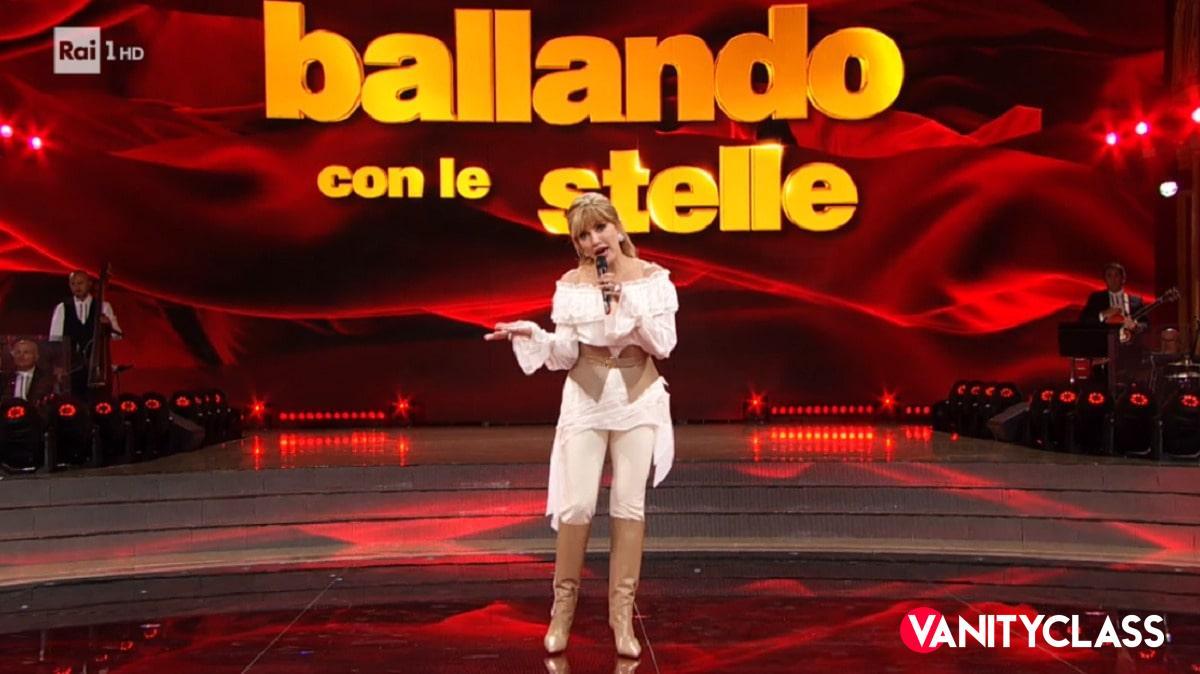 Rai 1, Alessia Marcuzzi verso Ballando Con Le Stelle?