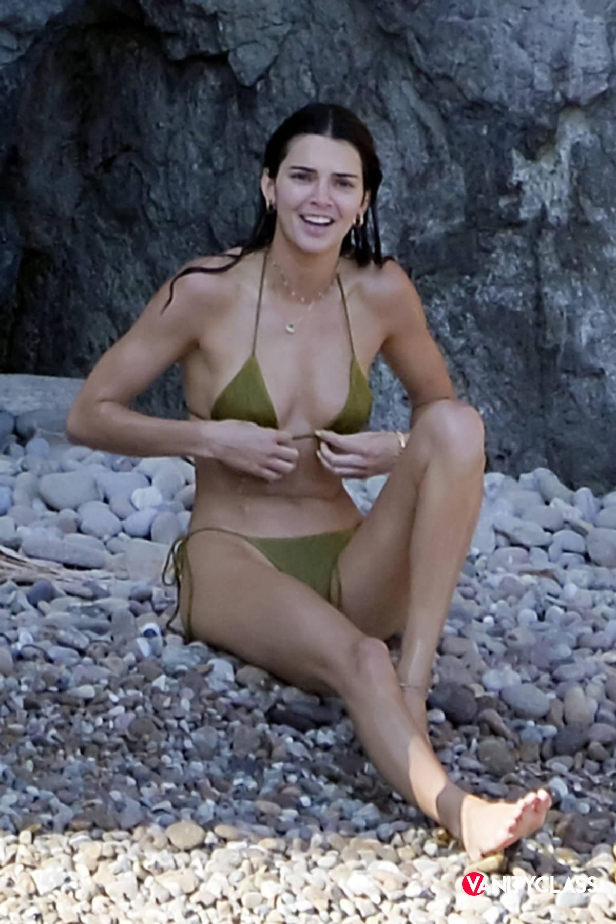 Kendall Jenner si è innamorata di Ponza