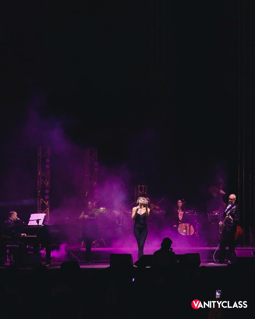 Alessandra Amoroso torna a raccontarsi attraverso la musica