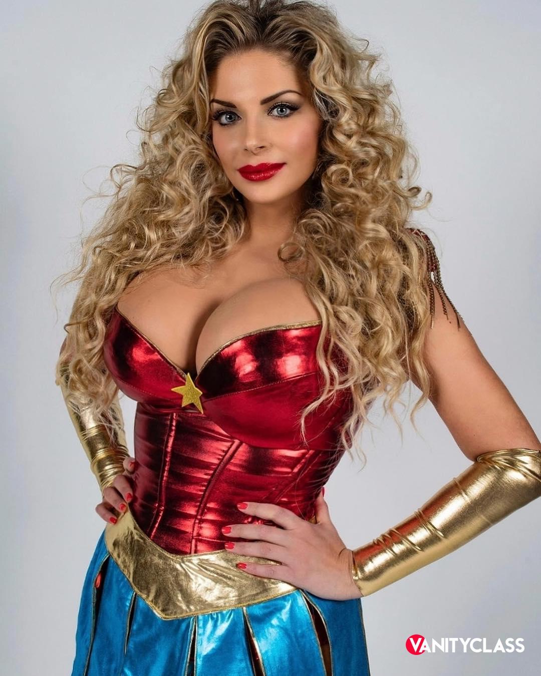 Francesca Cipriani è una concorrente del GFVIP!